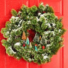 Type Of Christmas Tree Decorations by 60 Diy Christmas Wreaths How To Make A Holiday Wreath Craft