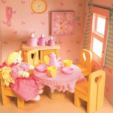 Amazoncom Ploy Miniature Wooden Dollhouse DIY KIT Loving Family