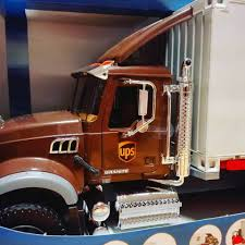Bruderland.cz - Další Novinkou Je Mack Granite UPS - Bruder 2828 ... Pullback Ups Truck Usps Mail Youtube Toy Car Delivery Vintage 1977 Brown Plastic With Trainworx 4804401 2achs Kenworth T800 0106 1160 132 Scale Trucks Lights Walmart Usups Trucks Bruder Cargo Unboxing Semi Daron Worldwide Cstruction Zulily Large Ups Wwwtopsimagescom Delivering Packages Daron Realtoy Rt4345 Tandem Tractor Trailer 1 In Toys Scania R Series Logistics Forklift Jadrem
