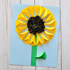 This Folded Paper Sunflower Craft Is Absolutely Perfect For A Summer Time The Dimensions Created With Mixed Tissue