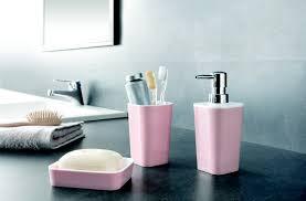 gewinnspiel 3 mal 1 set rosa weiß aus der bad accessoires