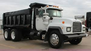 1998 Mack RD688S Dump Truck | Item H8086 | SOLD! November 19... 2017 New Ford Super Duty F350 Drw Cabchassis 23 Yard Dump Body 1214 Yard Box Dump Ledwell 1998 Mack Rd688s Dump Truck Item H8086 Sold November 19 China Howo Tri Axle Truck For Sale Sinotruk Vehicles Trucking Spencers Excavating 371hp 12 Wheel Bodies Distributor 1997 Gmc C7500 1012 Youtube Used Car In Plymouth Ma Deals 2018 Freightliner M2 106 At Premier Group 1996 Intertional 4900