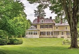 Country Curtains Stockbridge Ma Hours by For 7 9 Million You Can Own A Berkshire Cottage The Berkshire