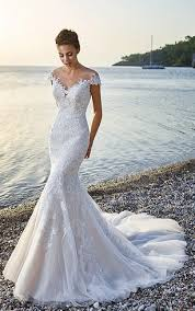 Exquisite V Neck Cap Sleeve Mermaid Tulle Wedding Gown With Court Train