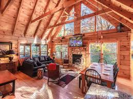 Cheap 1 Bedroom Cabins In Gatlinburg Tn by Lazy Bear Lodge 3 Bedrooms Close To Downtown Pool Table Sleeps