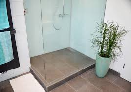 walk in dusche mit kleinem podest walk in dusche