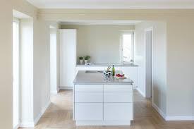 so lässt die einbauküche den raum groß wirken nr küchen