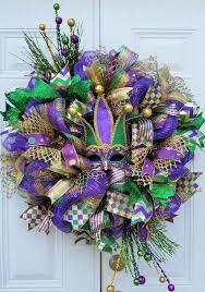 Mardi Gras Mask Door Decoration by 25 Unique Mardi Gras Wreath Ideas On Pinterest Madi Gras