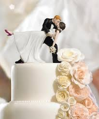 Romantic Dip Bride And Groom Figurine Wedding Cake Toppers