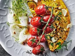 zucchini omelett mit kräutern