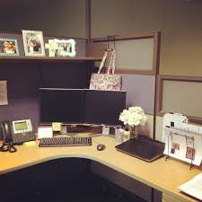 Cute Ways To Decorate Cubicle by 99 Best Diy Chic Office Cubicle Crafts Decor Ideas Images On