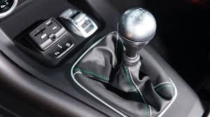 Alfa Romeo Giulietta hatchback interior dashboard & satnav