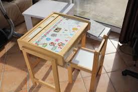 bureau enfant en bois recyclage objet récupe objet donne bureau enfant à récupérer à