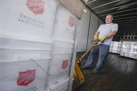 100 Two Men And A Truck Cedar Rapids Salvation Rmy Volunteers Deployed To Flood Region