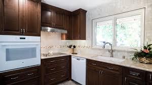 plan travail cuisine quartz cuisine plan de travail cuisine quartz prix avec argent couleur