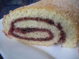 dessert aux oeufs rapide le gâteau roulé à la confiture le plus rapide chez requia