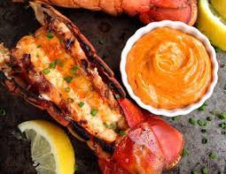 cuisiner homard congelé recette facile de queues de homard au beurre à l ail