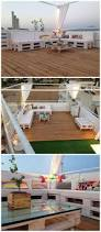 Pallet Outdoor Chair Plans by Best 25 Pallet Lounge Ideas On Pinterest Pallet Sofa Diy Couch