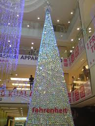 Blinking Xmas Tree Lights by First Time In Fahrenheit Amazing Xmas Deco In Pavilion Kl My