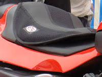 couvre siege confort accessoires couvre selle confort moto et scooter bike r