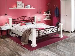 schlafzimmer landhausstil dunkel caseconrad