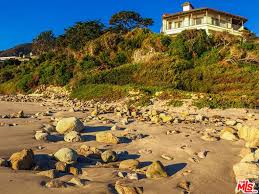 100 House For Sale In Malibu Beach Cindy Crawford Lists Her Flip 60 Million Celebrity