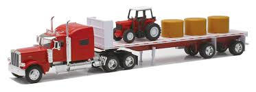 Amazon.com: Newray Peterbilt 389 With Hay And Farm Tractor Playset 1 ...