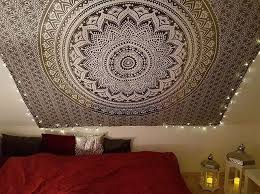schlafzimmer inspiration mit ombre mandala wandtuch in grau