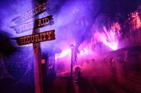 Knotts Halloween Haunt Mazes by Knott U0027s Scary Farm To Terrorize During October Westsidetoday Com