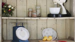How To Get The Shabby Chic Look In Your Rental