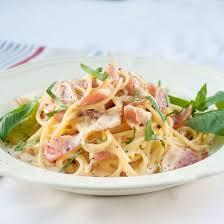 best 25 macaroni spaghetti ideas on cheese sauce for