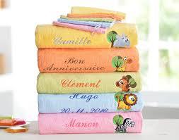 serviette de bain personnalisée serviette de bain brodé becquet