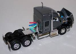 T345 1/64 Gray Kenworth T680 52