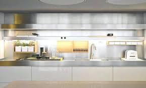 eclairage led cuisine plan travail lumiere cuisine cuisine lumiere cuisine avec violet couleur lumiere