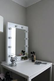 mirror with lighting wafibas