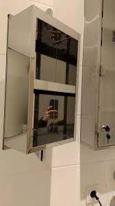spiegelschrank drehbar