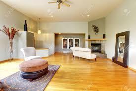 fantastische modernes wohnzimmer home interior riesige grüne helle zimmer mit modernen möbeln