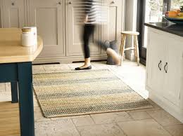jonc de mer cuisine salon le tapis en jonc de mer salon stylé rustique classique