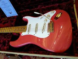 Fender Limited 20th Anniversary Relic Strat Faded Fiesta Red