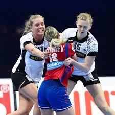 Handball Frauen Kim Naidzinavicius Und Anne Hubinger Zurück Im Kader