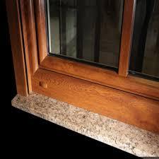 naturel extérieur fenêtre seuil marbre appuis de fenêtre