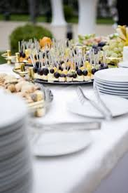 5 Tips For Hosting The Perfect Housewarming Party