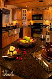 Small Primitive Kitchen Ideas by Best 25 Log Cabin Kitchens Ideas On Pinterest Log Cabin Siding