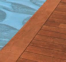 margelle piscine en bois 13 best margelle piscine images on gardens garden and