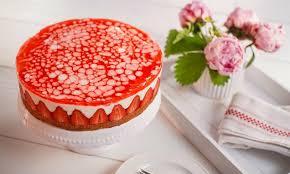 Hochzeitstorte Mit Erdbeeren Und Limetten Sommerliche Erdbeer Torte