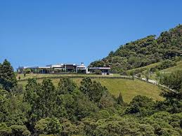 Home Designs: 20 Modern Home - Contemporary Home In The Hills ... Home Designs 2 Modern Design Contemporary In The New Zealand Houses Nz Homes Property Earchitect House Plan Zen Lifestyle 7 4 Bedroom House Plans New Zealand Ltd Black Kitchen At Awesome Mountain Range South Box Nz Institute Of Architects Thrghout 14 1 Architecture2 Top Ideas Zspmed Of Beach 30 Remodel Containerlike Bach Coromandel Assortment Living Small Blog Tiny 6