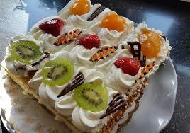 joghurt obers torte mit früchten