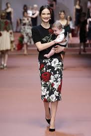 Dolce And Gabbana Winter Women Fashion Show 12
