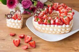 erdbeer herzkuchen letter cake zum muttertag