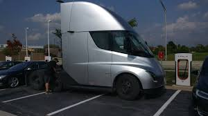 Tesla Semi's Strong Demand Could Expedite The Release Of The Pickup ...